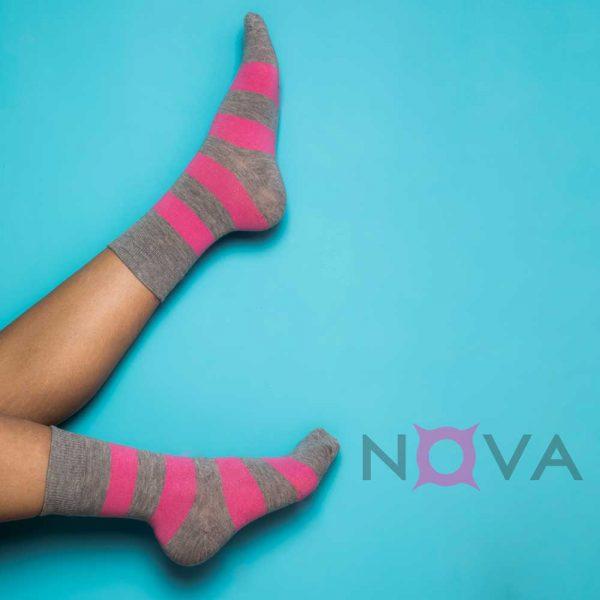 جوراب زنانه ساقدار طرح رینگ پهن
